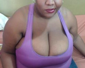 Text chat with PLUS-SIZE bustylatoyaa craves cosplay play time