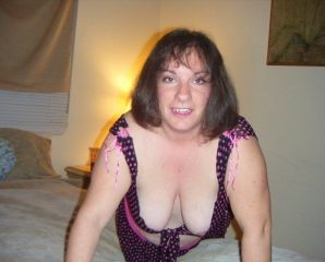 Singles chat with PLUS-SIZE RachelRose wants dirty quality time