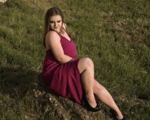 Ohmibod chat with PLUS-SIZE Freiya wants naughty live have fun time