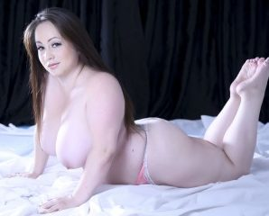 Face to Face with BBW ValeryKendall longs for live quality time