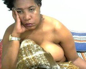 Cam chat with PLUS-SIZE NASTYBOOBSNASSX wants adult have fun time